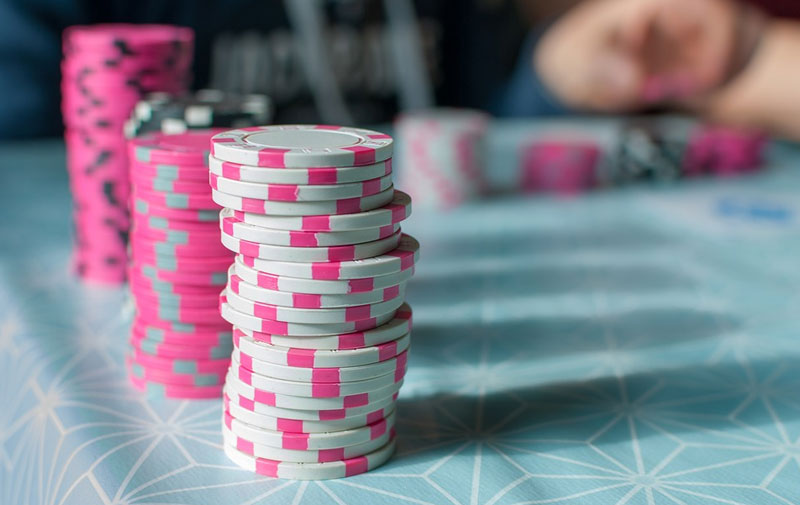 pink.poker-chips