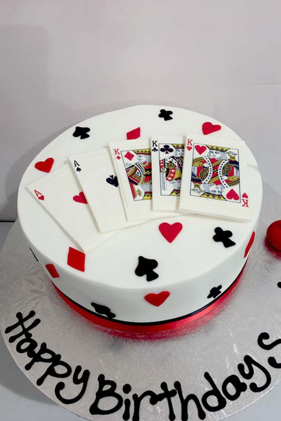 playing-card-casino-cake